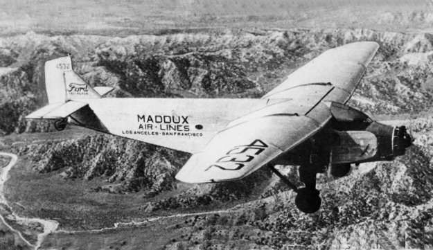 Maddux air lines ford 4 at b for Ford tri motor crash