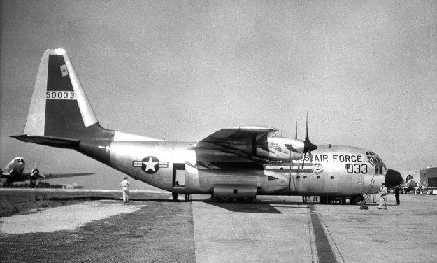 Lockheed C-130A Hercules 55-0033 (c/n 3060)